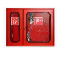 Cutie de hidrant cu locas echipata cu furtun PSI, robinet si teava de refulare.